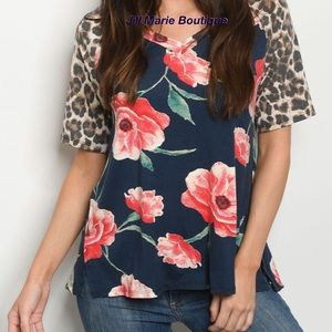 Short sleeve top floral & leopard Small NWT